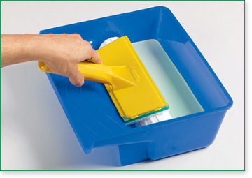 This Paint Pad Tray with the paint transfer wheel is designed to load paint pads quickly and easily.